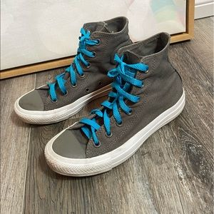 Converse gray high top sneakers 7 mens 5 womens